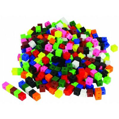 Centicubes en plastique emboîtables