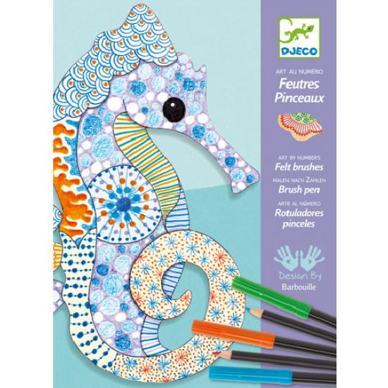 Feutres et crayons de couleur : L'art du motif